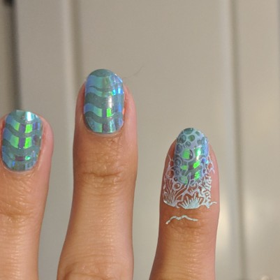 Stamping over the waves looks like just one color